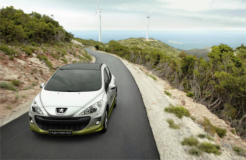 Peugeot : La 308 hybride confirmée au Salon de Francfort - Photo 2