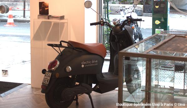 une boutique ph m re paris pour tester le scooter lectrique unu. Black Bedroom Furniture Sets. Home Design Ideas