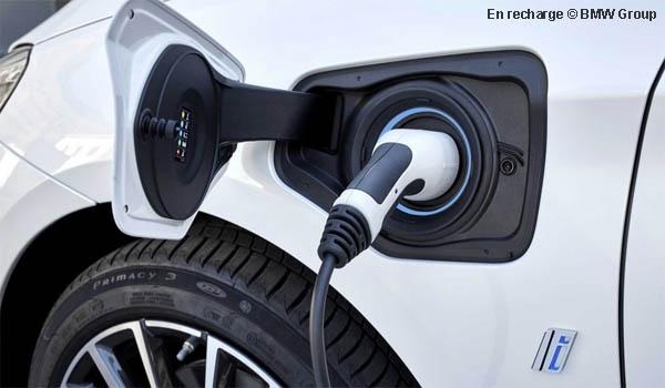 Partenariat Zeplug et BMW pour faciliter la recharge en copropriété